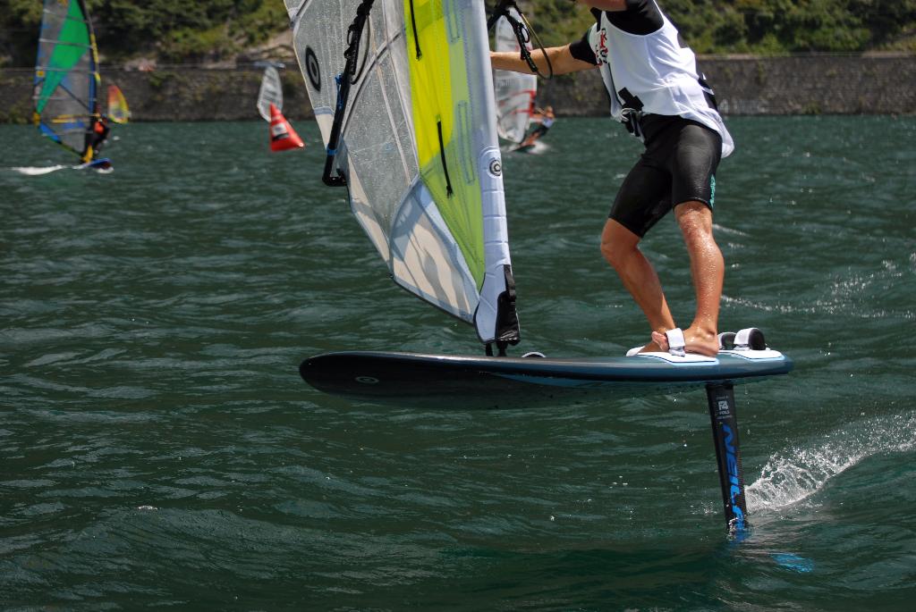 Anteprima mondiale riwmag la prima foil neilpryde riwmag - Tavola windsurf slalom usata ...