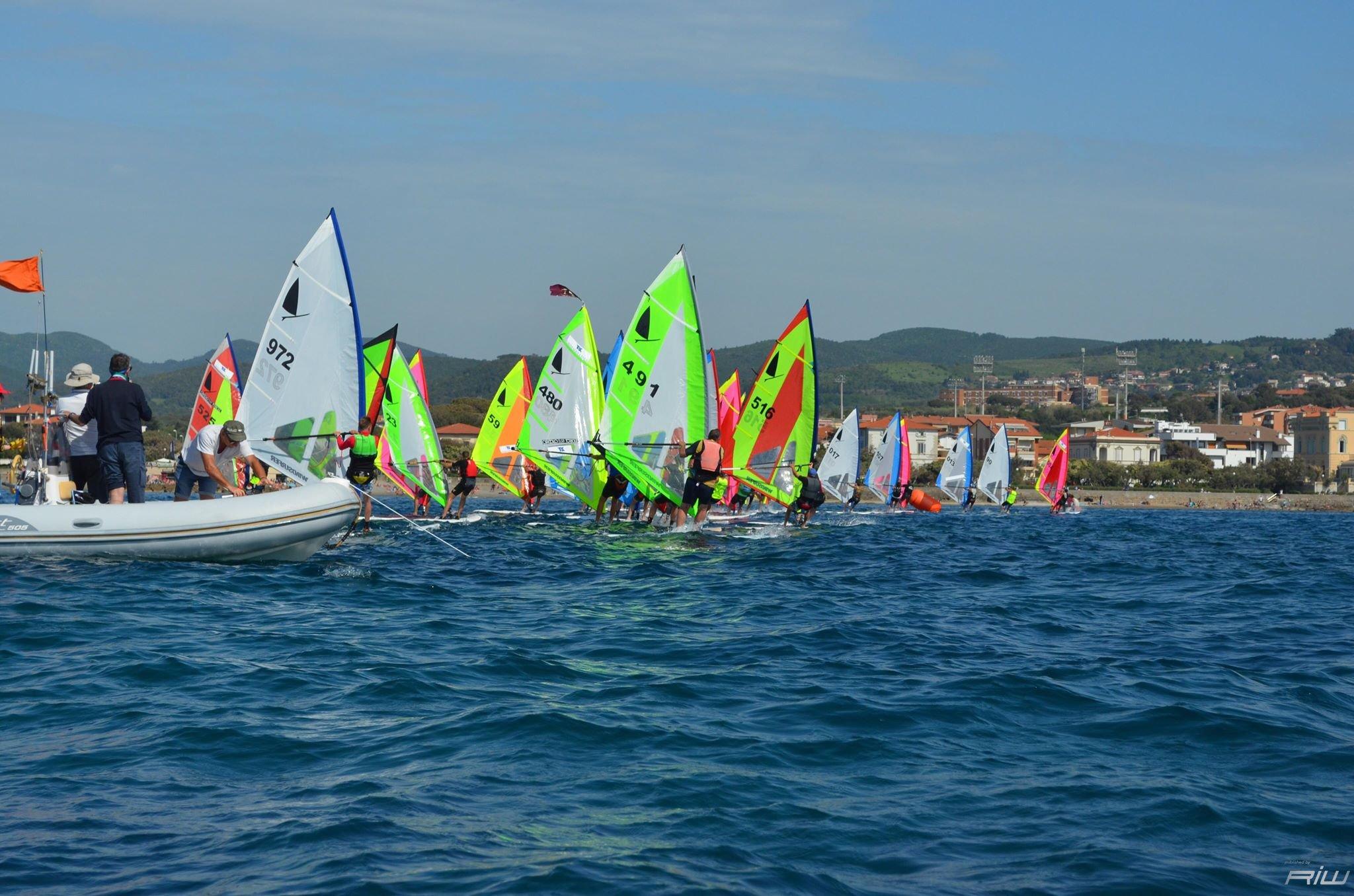Classe windsurfer la nuova tavola windsurfer lt riwmag - Tavole da windsurf usate ...