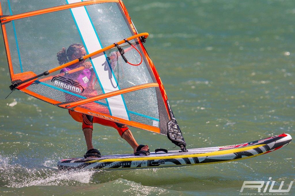 Windsurf air la tavola freeride gonfiabile planante di rrd riwmag - Tavole da windsurf usate ...