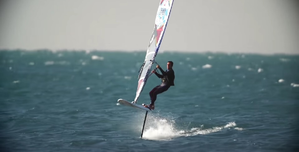 The Hydrofoil How To Fly The Wind Over Water Riwmag